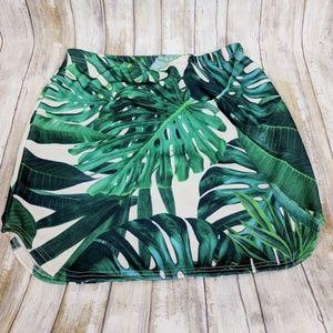 New Boohoo Night Leaf Mini Skirt Size 14